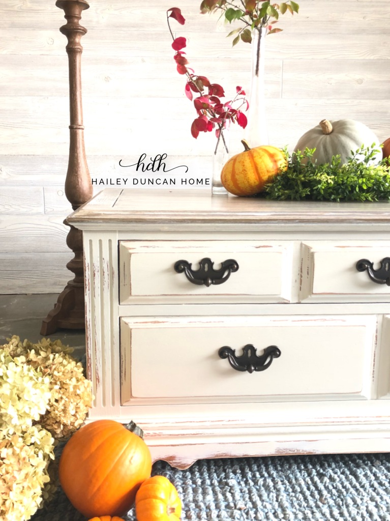 DIY Faux Wood Finish Furniture Makeover. How to give your painted furniture the look of wood grain.